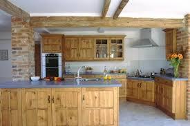 cuisine style chalet une cuisine dans votre chalet en bois actualité sur les