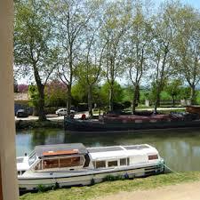 chambre d hote canal du midi chambres d hôtes au bord du canal du midi et de la robine