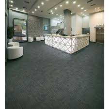 Gray Carpet Bedroom by Best 25 Commercial Carpet Tiles Ideas Only On Pinterest Shaw
