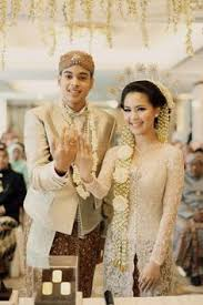 wedding dress nagita slavina raffi ahmad nagita slavina the kebaya