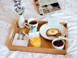 breakfast in bed table how to make the perfect breakfast in bed for mother s day stylecaster