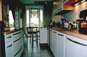 cuisine couloir faience cuisine marron et beige