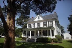 a peaceful farmhouse in one busiest areas virginia