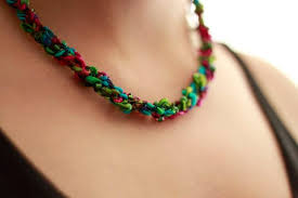 trellis ladder yarn necklace instructions how to make a crocheted necklace 5 steps with pictures