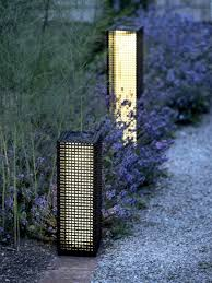 Brightest Led Solar Path Lights by How To Choose Solar Garden Lights Gardener U0027s Supply