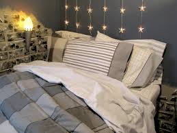 Lights For Boys Bedroom How You Can Use String Lights To Make Your Bedroom Look Dreamy