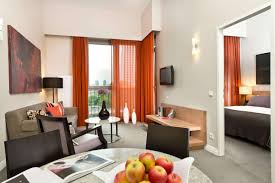 adina apartment hotel berlin checkpoint charlie best rate guaranteed adina berlin checkpoint charlie 1 bedroom king or twin apartment