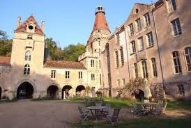 chateau tournesol aquitaine oliver s travels chateau valogne vakantie normandie forts and castles