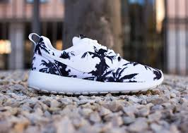 rosch runs palm tree roshe runs suckmyapparel