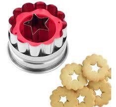 emporte pieces cuisine emporte pièce pour biscuit fleur et étoile tala