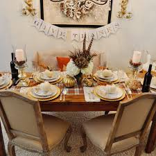 five ways to set the thanksgiving table toochicforwords