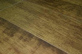 invincible columbian camaru 12mm laminate flooring with pad