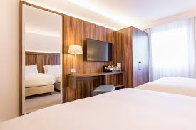 Hotel Courtyard Glasgow Airport Paisley UK Bookingcom - Family rooms glasgow