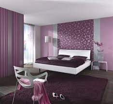 wandgestaltung schlafzimmer lila furchterregend wandgestaltung grau schlafzimmer silbergrau lila