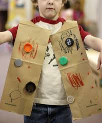 easy robot craft made from recycled materials