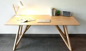 bureau chene massif moderne bureau chene massif moderne table design en chane massif avec pieds