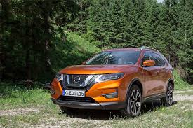 crossover cars 2017 nissan x trail 2017 review great value suv gets premium updates