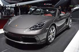 porsche 718 boxster arrives at geneva with its new gym bod