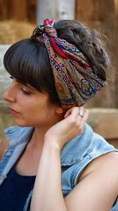 how to wear bandanas with bob hairstyles how to use bandana to create a holiday look scarves silk and bird