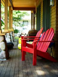 protect your outdoor wooden furniture through summer