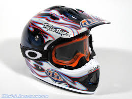 motocross helmet reviews 2007 troy lee designs d2 carbon flame helmet sick lines