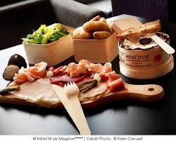 cuisiner le mont d or le mont d or à la truffe a vos assiettes recettes de cuisine