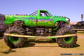 monster trucks bigfoot 5 reptoid monster trucks wiki fandom powered by wikia