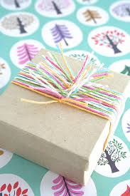 Ideas To Wrap A Gift - 12 clever gift wrapping techniques handmade charlotte