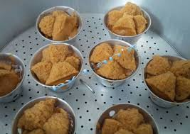 cara membuat bolu kukus empuk dan enak bolu kukus gula merah eem enak empuk merekah o