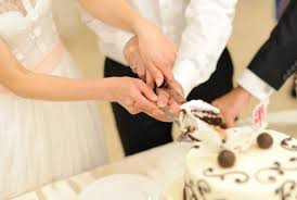 wedding cake cutting the best cake cutting songs for your wedding