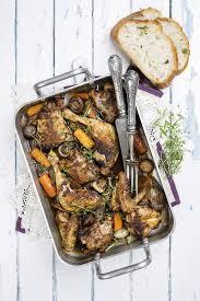 cuisiner du coq recette cuisses de poulet façon coq au vin