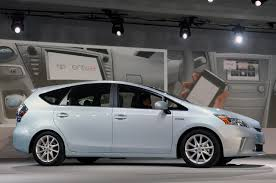 lexus ct200h pre owned malaysia electric vehicle news march 2011
