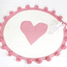 jeux de amoure dans la chambre pur bébé couverture emmaillotage exclusif personnalisé amour