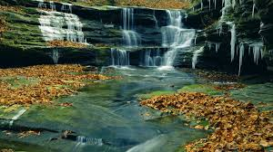 Waterfall near lasalle canyon starved rock state park illinois