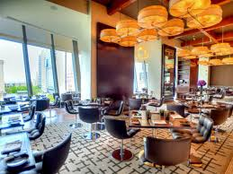 Map Of Hotels In Chicago Magnificent Mile by 15 Chicago Restaurants With Top Views Of The Windy City
