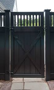 Cheap Fences For Backyard Best 25 Black Fence Ideas On Pinterest Black Fence Paint Black