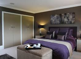 chambre a coucher taupe decoration chambre coucher taupe literie couleur aubergine