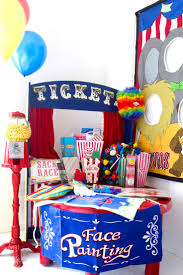 carnival party supplies best 25 carnival party favors ideas on circus party
