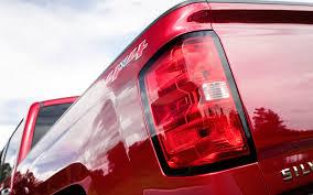 chevy silverado tail lights chevrolet silverado 1500 k2xx 2014 present how to replace tail light
