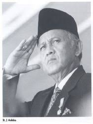 biografi b j habibie bahasa inggris vice president president of indonesia collection website