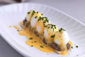 cuisine hollandaise quail eggs recipe with puff pastry hollandaise great chefs