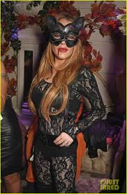 lindsay lohan is cat at asylum halloween party photo