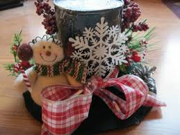 Christmas Berry Table Decoration by 144 Best Christmas Tophats Images On Pinterest Snowman Hat