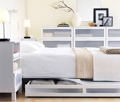 minimalist bedroom queen bed with headboard and storage