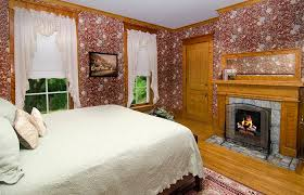 Bed And Breakfast Fireplace by Guest Rooms Phipps Inn B U0026b St Croix River Inn