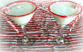 candy cane martini candy cane cocktail u2013 sundaysupper my blissful mess