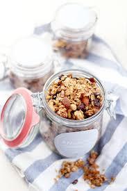 geschenke aus der küche weihnachten eat seasonal geschenke aus der küche knuspermüsli mit kokos und