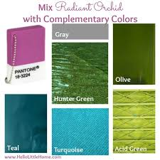 what colors go with green colors go with green