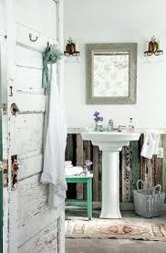 Vintage Bathroom Decor Ideas by 365 Best Small Cozy Bathroom Images On Pinterest Room Bathroom