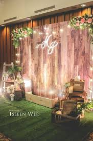 Different Home Design Themes by Stunning Wooden Backdrop Perfect For Many Different Events